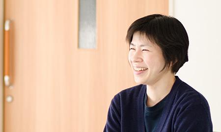 素敵な笑顔の平戸さんに教えて頂く職員の皆さんは幸せだと思います。